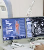 ganzheitlich, ganzheitliche Medizin, komplementär, natürlich, Radiologie, CT, MRT, Strahlen, Röntgen, Radiotherapie, Krebs, Roland Felix, integrative Medizin, Berlin