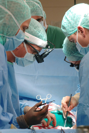 Herz, Herzchirurgie, Reichenspurner, UKE, Team Gesundheit, ganzheitlich, ganzheitliche Medizin, komplementär, natürlich, integrative Medizin, natürliche Medizin, Kompetenz, Menschlichkeit