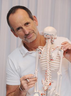 LNB-Schmerztherapie, Liebscher-Bracht, Gelenkschmerzen, Rücken, Knie, Wirbelsäule, Schulter, Hüfte, Roland Liebscher-Bracht,  Schmerzen, Muskeln Faszien